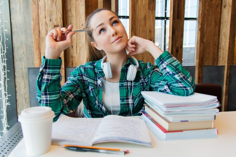 How to Succeed this School Year: The Hidden Curriculum of Successful Studying